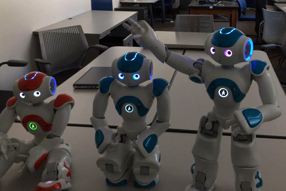 robô teste de consciência humana