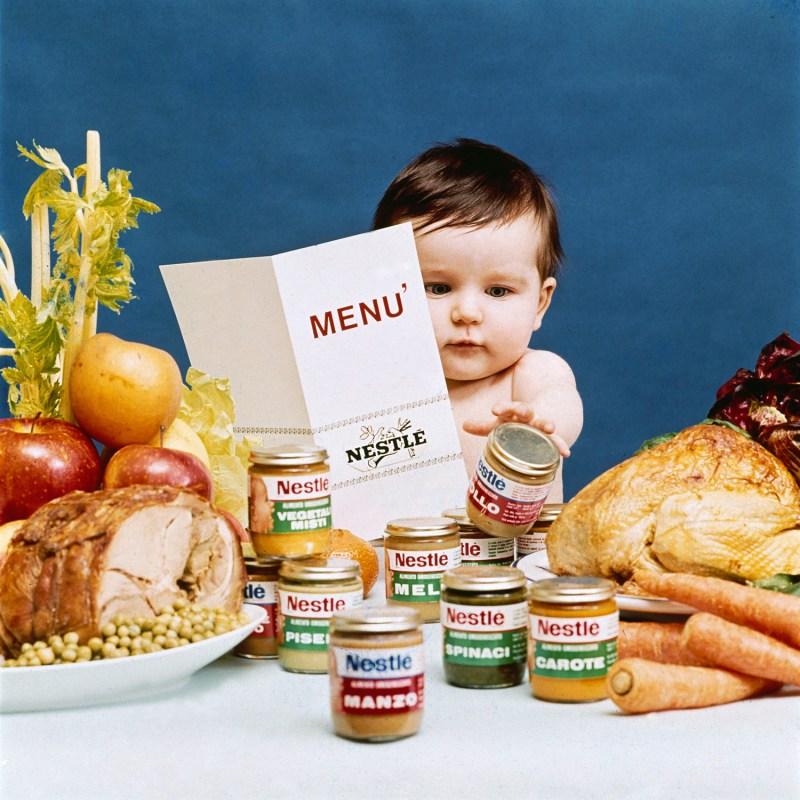 Campanha da Nestlé com um dos famosos bebés da marca.