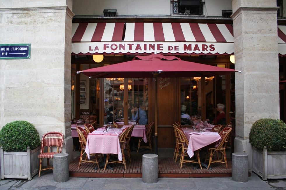 La Fontaine de Mars Paris