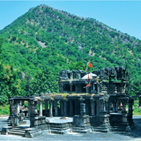 Trekking Opportunities in Gujarat : Polo Monument and Vijayanagar Forest