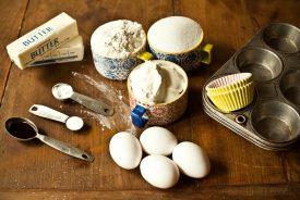 Cinnamon Roll Cupcakes :: Granola Girl bakes 2