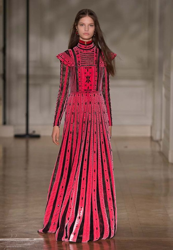 Valentino Fall Winter 2017 Ready-to-Wear Collection