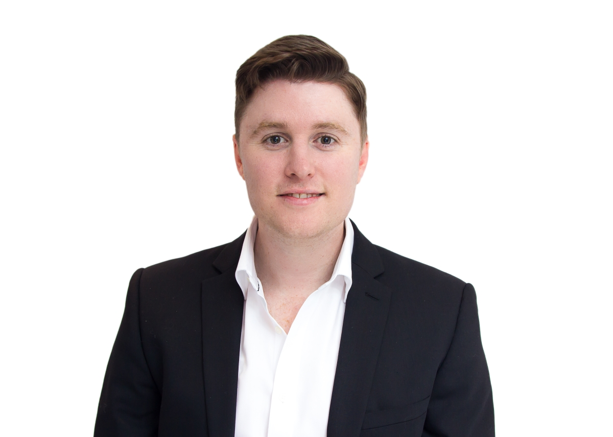 Professional Headshot in Tooting Bec, Professional headshots, business headshots, portrait photography, headshot photography, corporate photography, family portrait photography, professional business headshots, professional headshots near me, headshot photographers near me