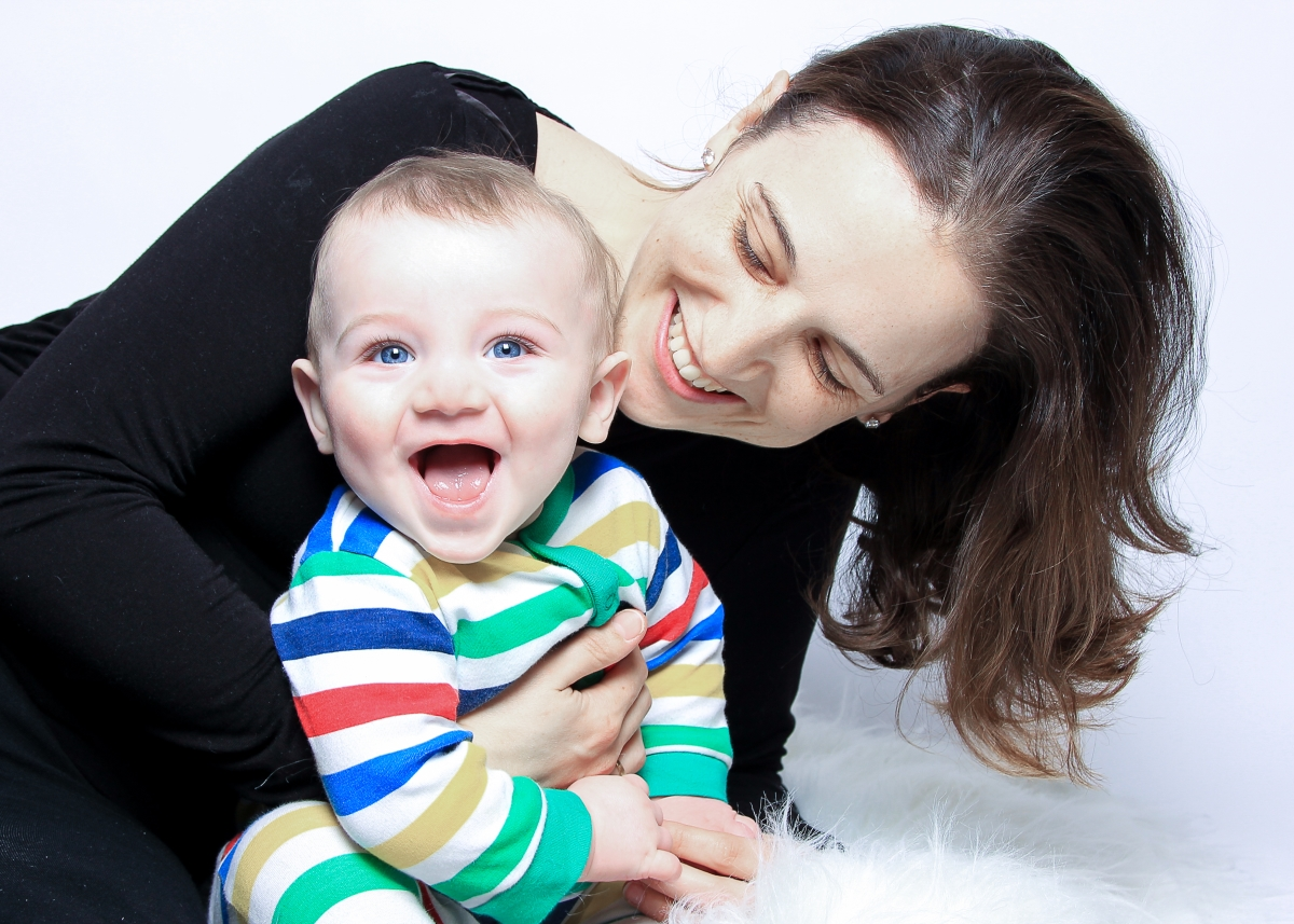 Mum and Baby special moments photographs