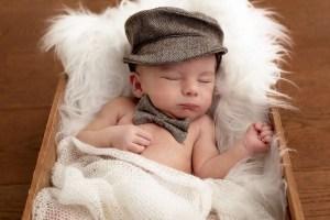 Newborn photoshoot in Tooting Bec