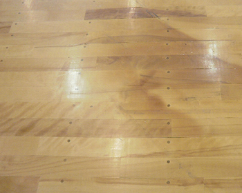 長野市フローリングの暖房焦げ跡補修・張替え