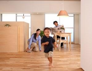 畳と比べ音が伝わりやすいデメリットは、どのような床材で階下の音を防ぐ遮音にするのか?