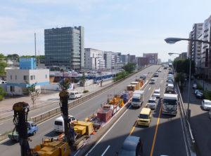 新横浜駅近くの環状2号線