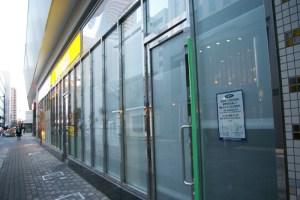 「一風堂」はCoCo壱番屋(左)とバーガーキングの間の場所に3月27日にオープン予定