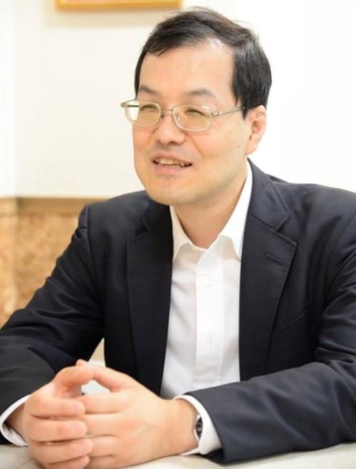 代表 塚田秀和