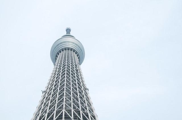 見上げた東京スカイツリー