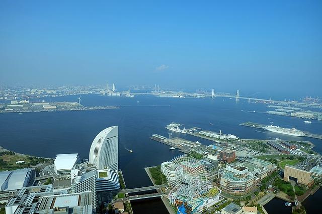 上空から見た横浜の風景