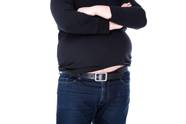 太った男性のお腹