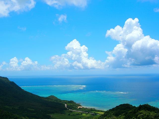 沖縄石垣島の綺麗な海