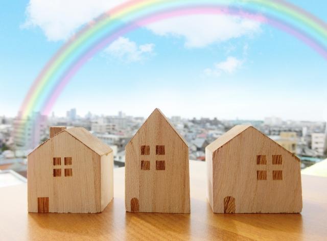 木で作られた家の模型