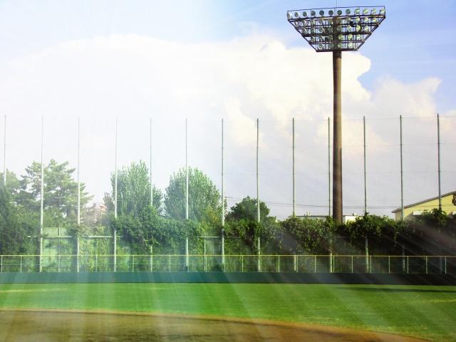 晴天の野球場