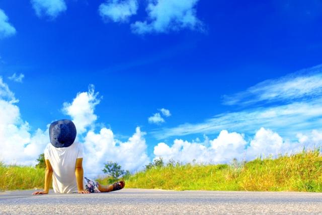 夏のよく晴れた日の空