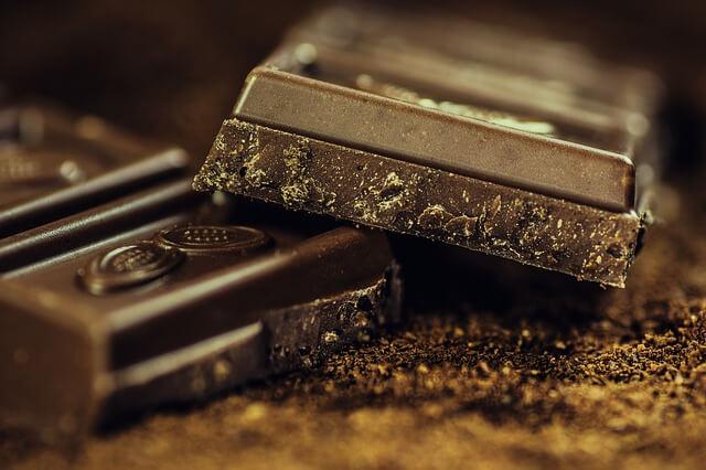 板チョコの断面