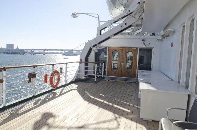 客船のデッキ
