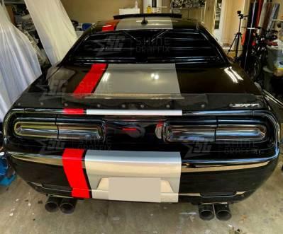 Dodge Challenger viper stripes trunk