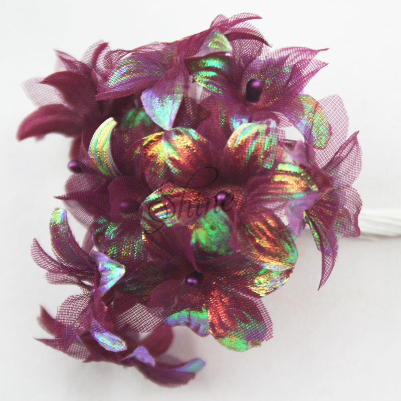 Bunch of Iridescent Flowers Burgundy   Shine Trimmings   Fabrics Bunch of Iridescent Flowers Burgundy