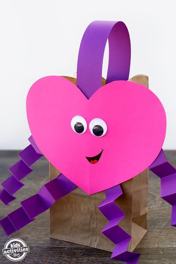 Best of pinterest 40 super fun valentine s day crafts for Valentines day art and crafts for preschoolers