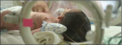 集中治療室で眠る娘