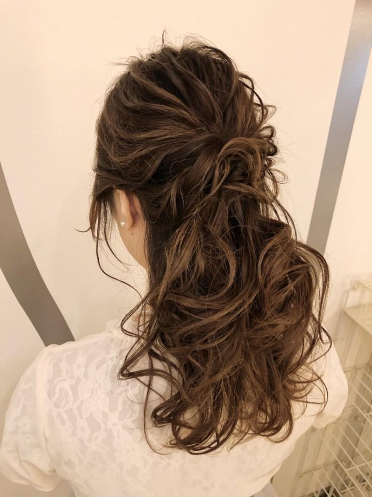 海外花嫁風ハーフアップヘアスタイル