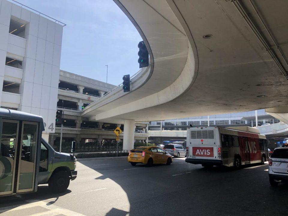 ロサンゼルス空港の周り