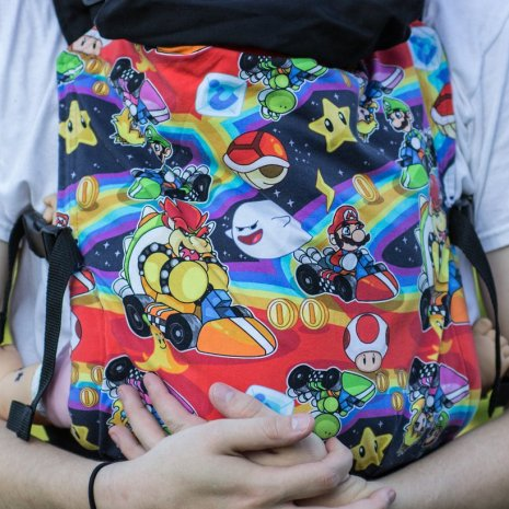 shiny_star_designs_mario_kart_full_buckle_nintendo_geek_babywearing_baby_carrier_2