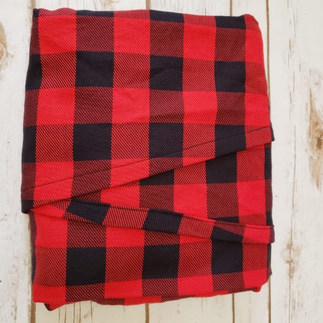 butterfly_baby_co_buffalo_plaid_woven_wrap_babywearing_red_black_budget_low_cost_affordable_baby_carrier_america_USA_toddler_wearing_ring_sling