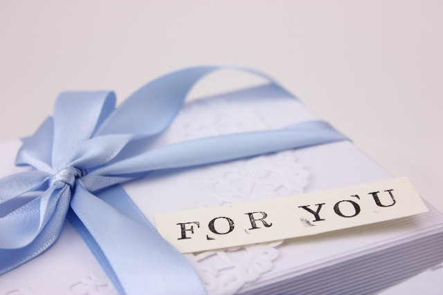 white-day-gifts