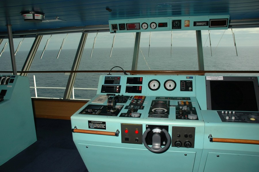 ship-Helm