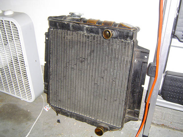 Engine Cooling System - Types And Their Working