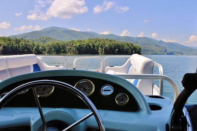 Importance Of Boat Construction - pontoon boat weight