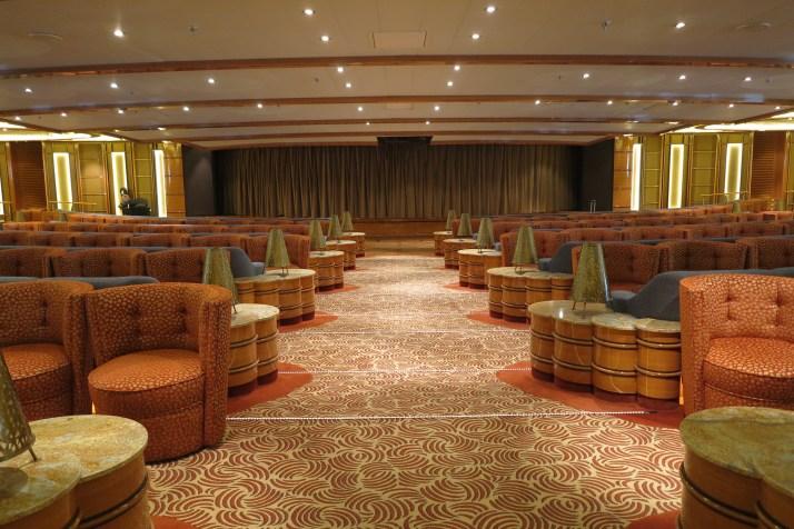 Hasta la Vista: The Vista Lounge