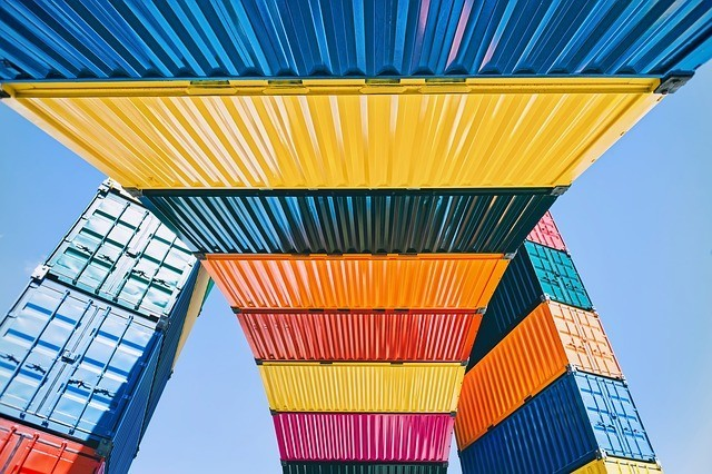 8 tips to reduce freight forwarding expenses