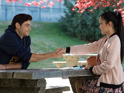 Lara Jean and Peter shake on their fake-dating contract