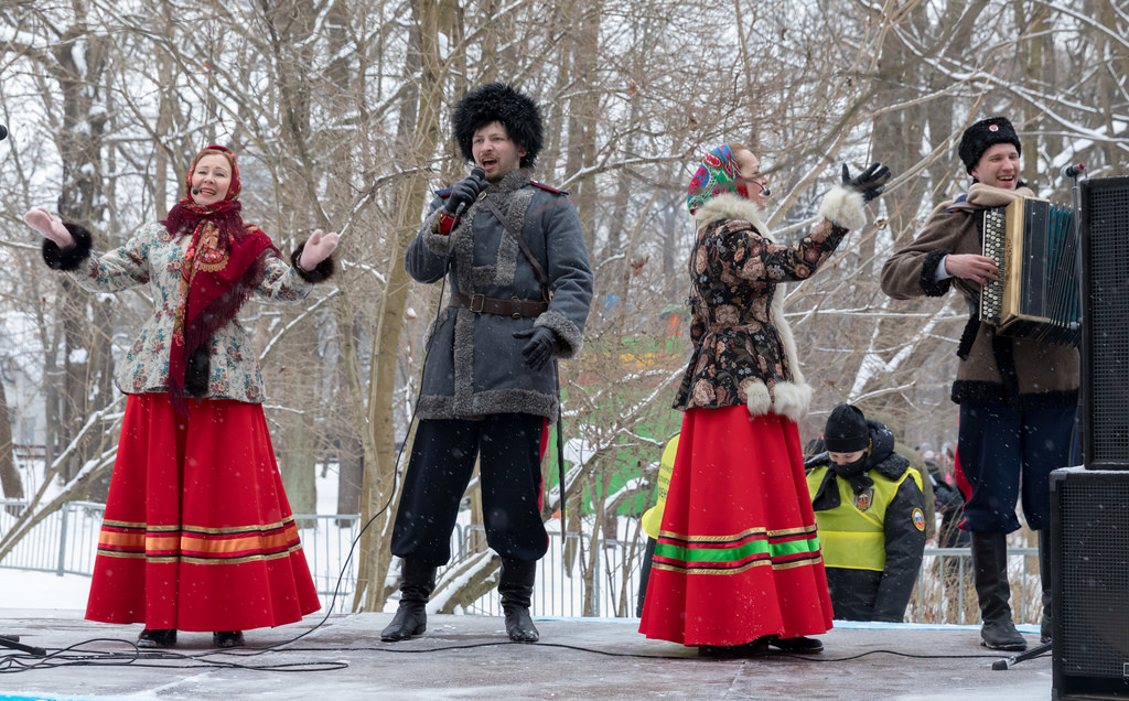 Maslenitsa folk singing