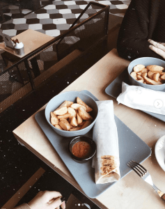 Pitas - dog-friendly cafes in St. Petersburg