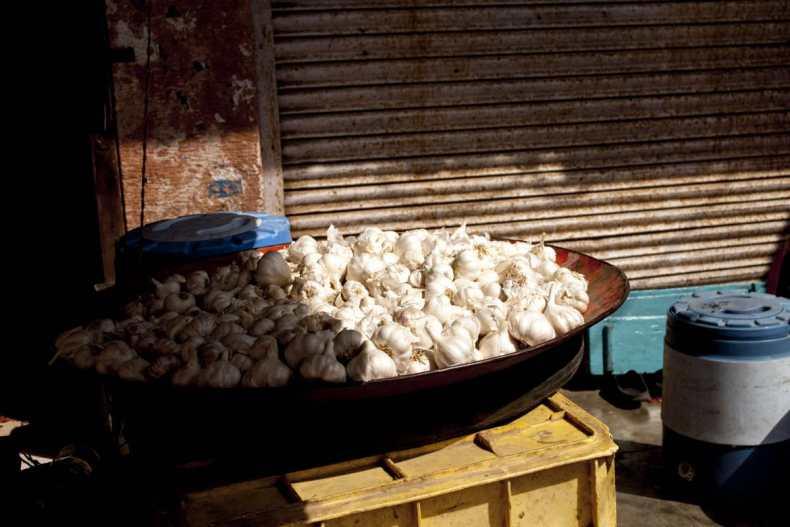 ail du Népal biologique, Bardyia, Népal, démarche éthique et responsable, épices de terroir, single origin spices, développement durable, épices paris, épices en vrac, épices sourcées en direct petits producteurs, épices biologiques, épices bio