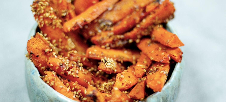 bâtonnets de carottes à la harissa, recette végétarienne, recette vegan, recette sans gluten, Épices Shira, épices biologiques