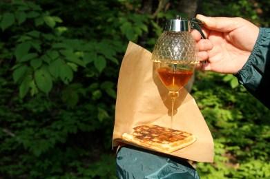 白神山地でとれたハチミツをタップリと堪能してください。