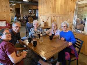 My familyl-r: Doris Henry, Mother, Sue, Shirley