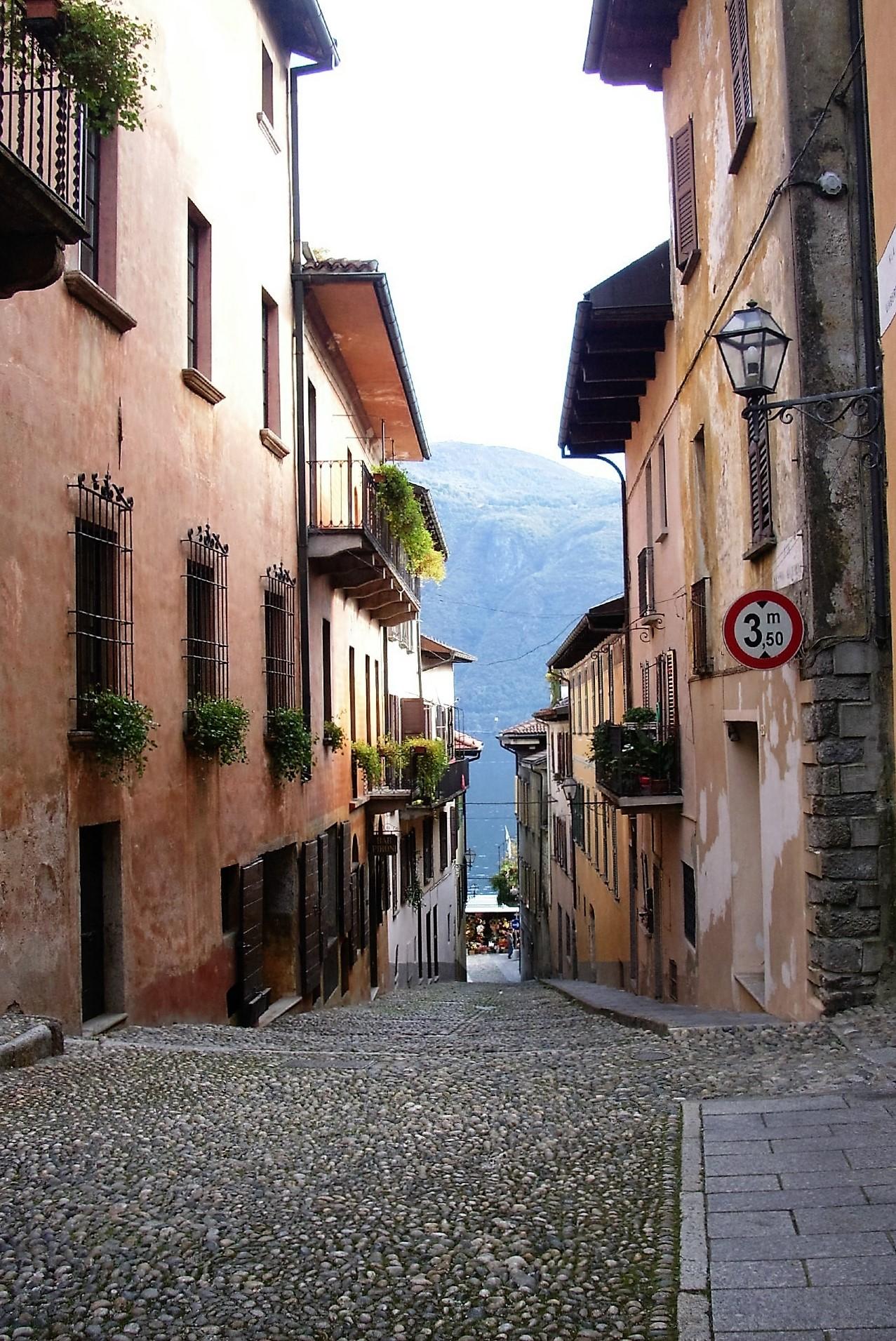 Photo Friday – Cannobio, Italy