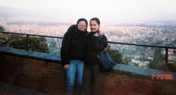 与朋友N在尼泊尔拍的一张照片。还有日子在照片上呢!
