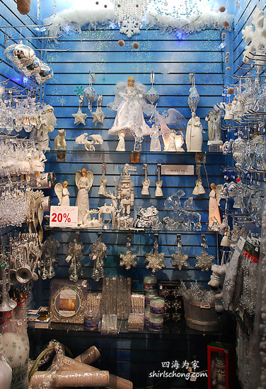 Christmas Shop in Quebec City