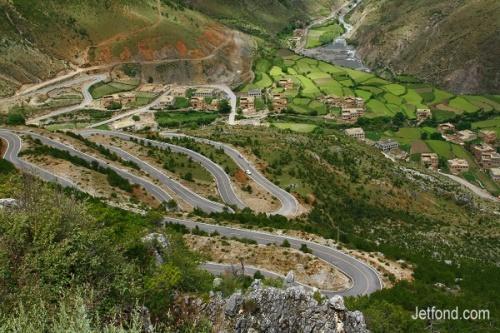 日瓦到亚丁的必经之路 (从稻城县城去亚丁村沿途拍摄)