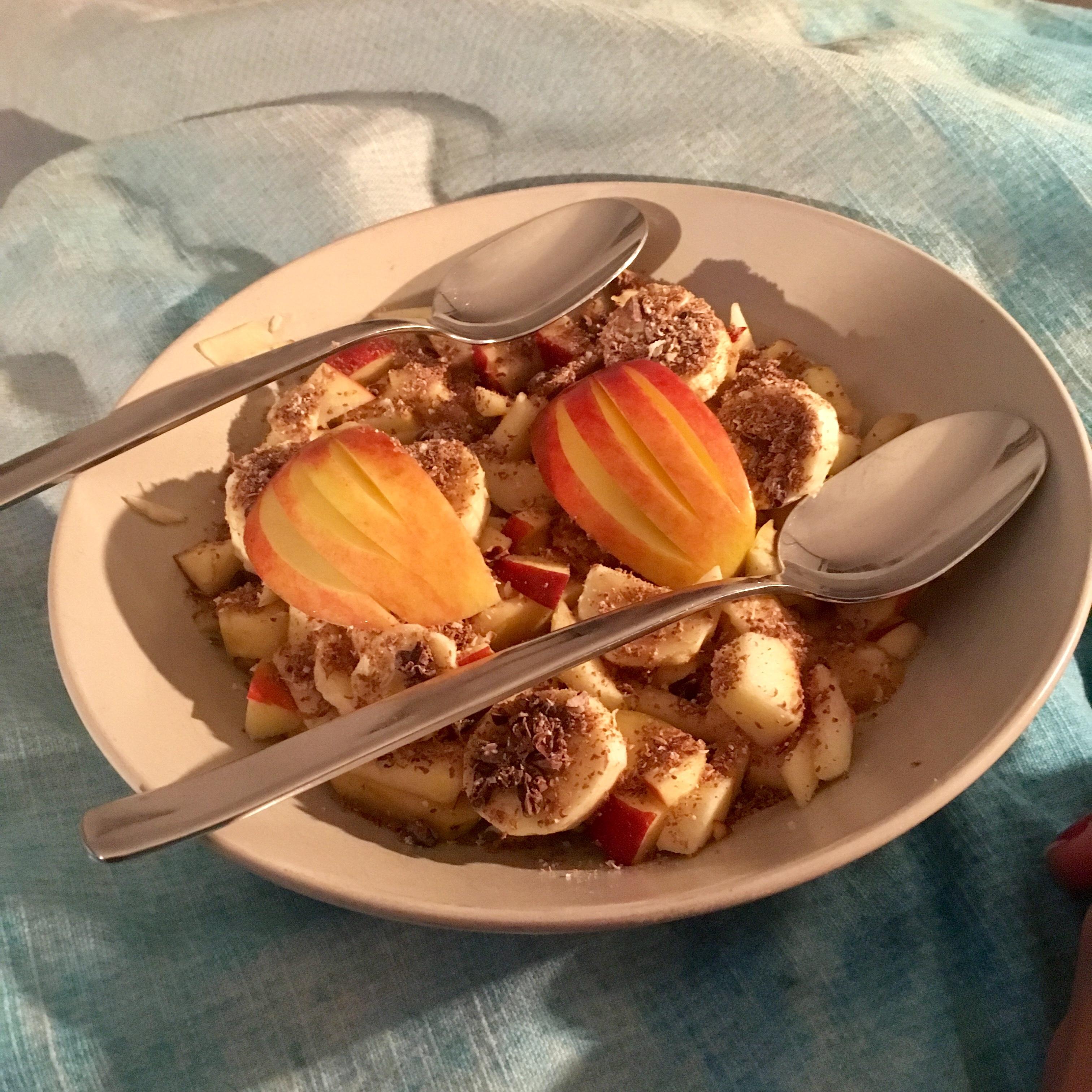 Fruit op bed van Yara
