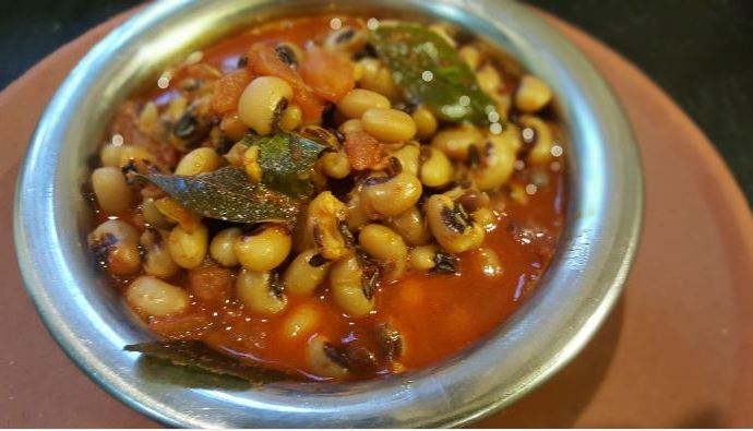 CHOLA NI DAL !! The Black Eyed Bean Indian Curry..